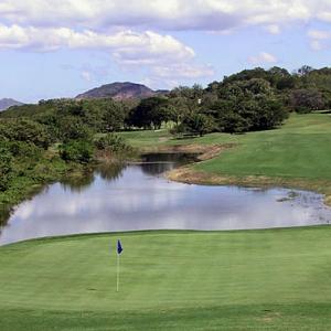 Golf CR2